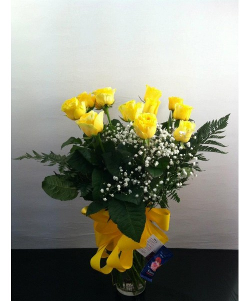 Rosas ramo 12 rosas amarillas con búcaro