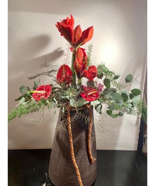 Centro deseo con flor y planta tillandsia