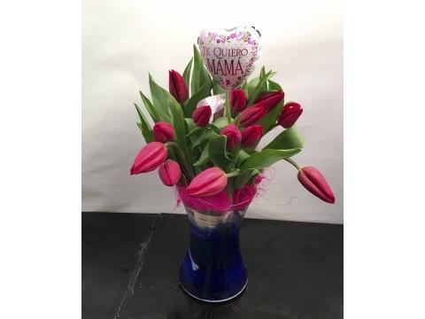 Tulipanes en vidrio
