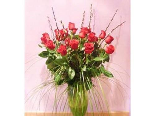Rosas ramo 24 rosas en jarrón de vidrio